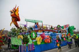 mardi gras gear missourians gear up for annual st louis mardi gras celebration