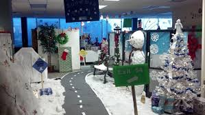 Office Decorating Themes - superb winter wonderland office decorating ideas the most creative