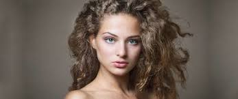 hair women over 50 frizz 50 hairstyles for frizzy hair to enjoy a good hair day every day