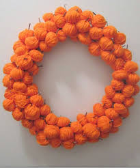 How To Make Halloween Wreaths by 30 Diy Halloween Wreaths How To Make Halloween Door Decorations