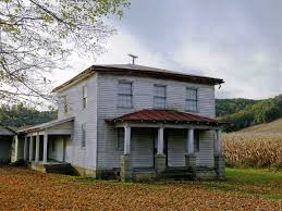 spooky old farmhouse an autumn treasure of a building alon u2026 flickr