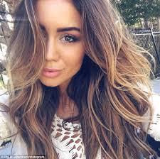 long curly hair style for lawyer meet pia muehlenbeck the lawyer turned instagram sensation daily