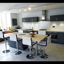 cuisine 13m2 cuisines raison le 1er réseau français de cuisinistes à domicile