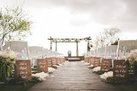 wedding event coordinator aisle markers california garden outdoor ceremony winter