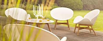 White Modern Outdoor Furniture by Modern Contemporary Outdoor Furniture Modern Home Ideas