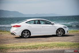hyundai elantra 2017 hyundai elantra sr turbo review u2013 manual u0026 dct auto video