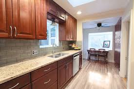 Backsplash Ideas Cherry Cabinets Cherry Cabinets Interesting What Color Wood Floor With Cherry