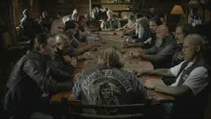 Sons Of Anarchy Meeting Table A Sashurai S Review Sons Of Anarchy Season 6 06 At Least The