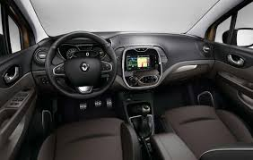 renault trafic 2016 interior renault tries to tempt french buyers with captur hypnotic limited