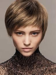 woman with short hair styling short hair women bakuland women man fashion blog