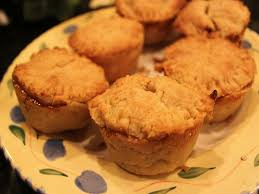 how to bake organic miniature apple pies for thanksgiving