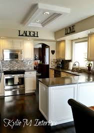 Best Wall Color For Kitchen by Best 20 Cream Kitchens Ideas On Pinterest Dream Kitchens Cream