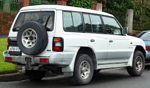 mitsubishi pajero 2000 1997 mitsubishi pajero wagon news reviews msrp ratings with