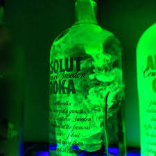 Black Light In Bedroom Bedroom Ideas Use Water And Highlighter Ink A Blacklight For
