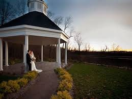 Small Wedding Venues In Pa Wedding Venues In Pennsylvania With Garden Patio Courtyard View