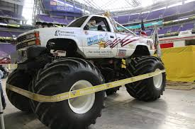 how many monster trucks are there in monster jam news usa 1 4x4 official site