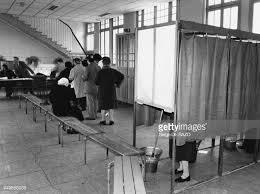 bureau de vote tours bureau de vote stock photos and pictures getty images