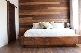 mur de chambre en bois lambris et revêtement mural intérieur bois excel