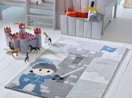 tapis chambre bebe garcon tapis de chambre bb tapis rond so cocoon pour la chambre des