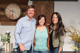 chip and joanna gaines tour schedule that time i met chip joanna gaines ecochic boutique design