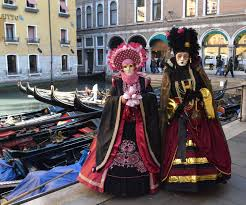 carnivale costumes the elaborate carnival of venice beautiful costumes and masks