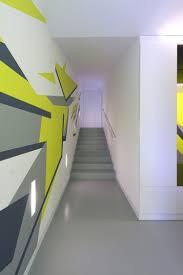 Wohnzimmer Modern Streichen Bilder Perfekt Treppenhuser Modern Gestalten Durch Modern Ziakia