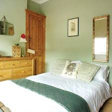 green bedroom ideas decorating pale green bedroom pale green bedroom decorating green and brown
