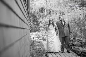 photographers in maine sam abby point lookout wedding photographer northport maine