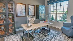 Model Building Desk New Homes In Lakeview Summit Rockwall Texas D R Horton