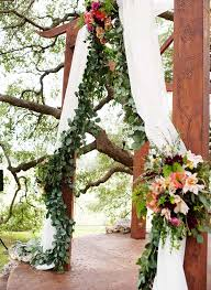 wedding backdrop green 10 wedding backdrop ideas