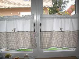 gardine für küche küchenvorhänge dienen als sonnenschutz und peppen ihre küche auf