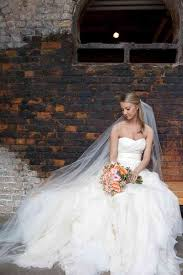 pre owned wedding dresses wedding dresses already broken in and at bargain prices the new
