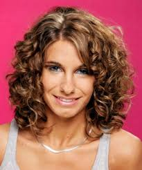curly haircuts for shoulder length hair
