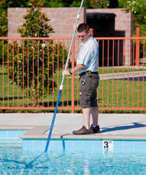 pool cleaning tips tips on cleaning a salt water pool
