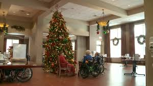 decorate home for christmas man spends 100 hours decorating local nursing home for christmas