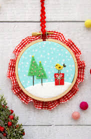felt ornaments felt and fabric hoop ornaments i heart nap time