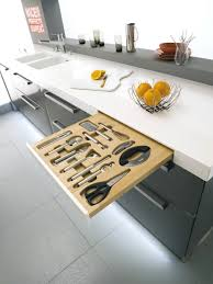 revetement plan de travail cuisine recouvrir plan de travail avec revetement plan de travail cuisine
