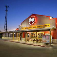 fun facts about rudy s country store and bar b q texas roadside photos fun facts about texas staple rudy s country store and bar b q travelers in