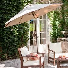 create comfort in backyard patio with freestanding umbrellas