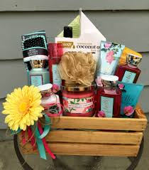 gift basket ideas for raffle raffle prize flower babyshower raffle