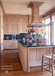 Country French Kitchen Cabinets by 85 Best Country French New Orleans Style Images On Pinterest