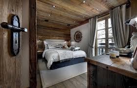chambre lambris bois design interieur chambre adulte style chalet lambris bois couleur
