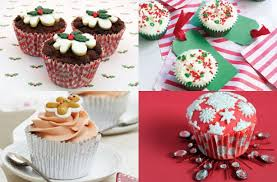 How To Make Plastic Icing Decorations Fondant Christmas Cake Decorations Goodtoknow