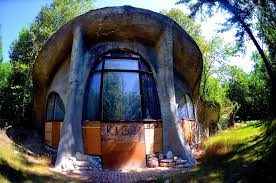 abandoned wisconsin u0027s mushroom house is for sale house crazy
