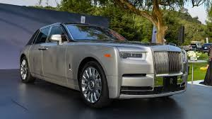 gold phantom car 2018 rolls royce phantom commands attention at monterey