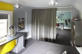 partager une chambre en deux une chambre deux frères une chambre partagée à toronto gta az com