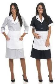 uniforme femme de chambre hotel bata gestempeld gecombineerd mollen en witte schort topos 47