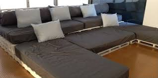 Home Theater Sofa by Build Your Own Home Theater Seating With Pallets
