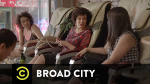broad city ilana u0027s mom at the nail salon youtube