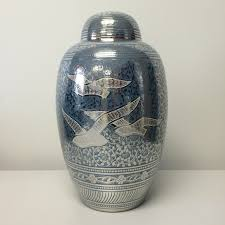 Vase For Ashes Cremation Urns Clinton Township Michigan Lincoln Granite